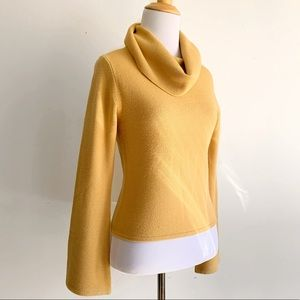 Small Turtleneck Golden Tan Vintage Knit Sweater